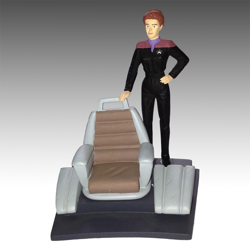 Applause Diorama Kathryn Janeway
